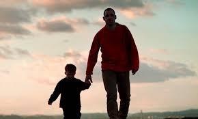 Embora exista maior pressão social sobre as mulheres para terem filhos, os homens podem realmente sentirem-se mais deprimidos e solitários por não terem filhos, sugerem os resultados de um pequeno inquérito britânico.
