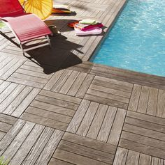 Dalle #terrasse et margelle #piscine Tennessee imitation #bois, en pierre reconstituée. Outside stones made in France http://www.pierra.com/exterieur/dalletennessee/