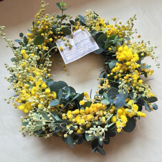 ミモザの春待ちリース 20センチ by florist-nana フラワー・ガーデン ドライフラワー | ハンドメイドマーケット minne(ミンネ)