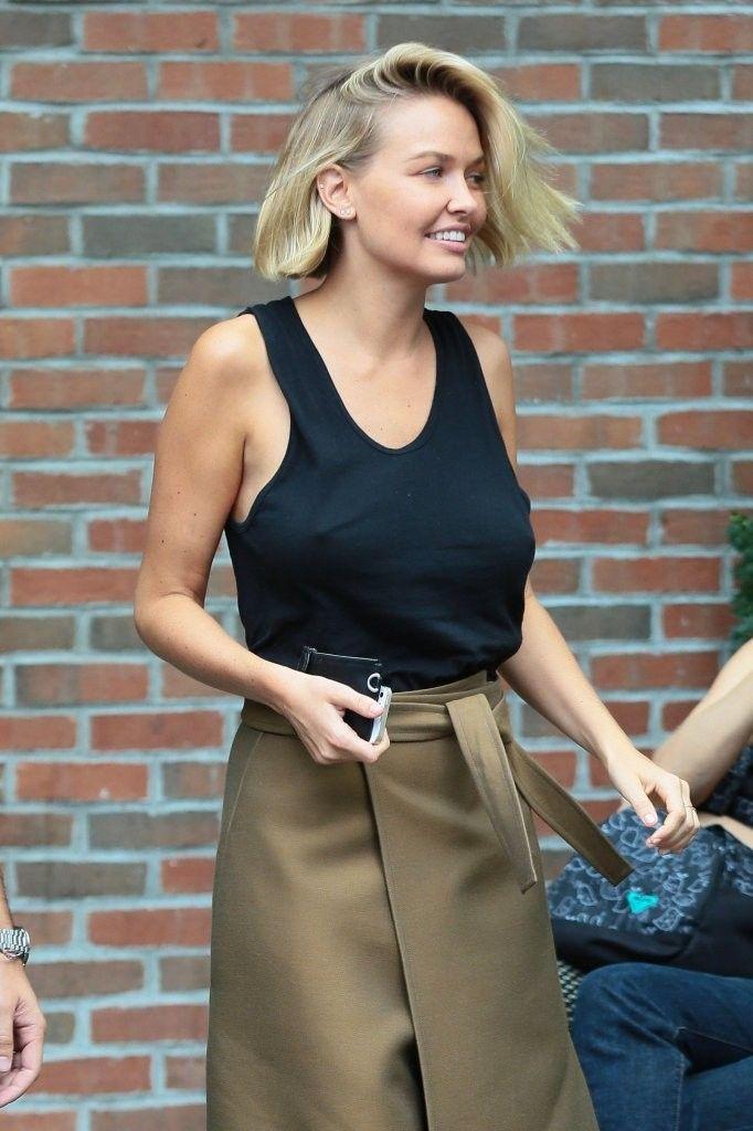 Lara Bingle leaving the Bowery Hotel in New York City, New York on September 8, 2014.
