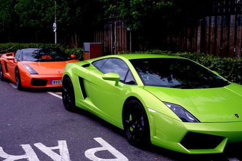 Dude hi :] on we heart it / visual bookmark #27378617 (lamborghini,green,orange,neon,cars,dreams)