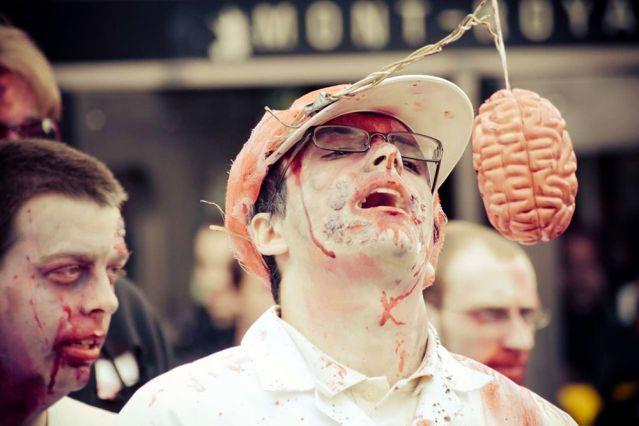 #Sorties pour l' #Halloween: La marche des #zombies. #Montreal