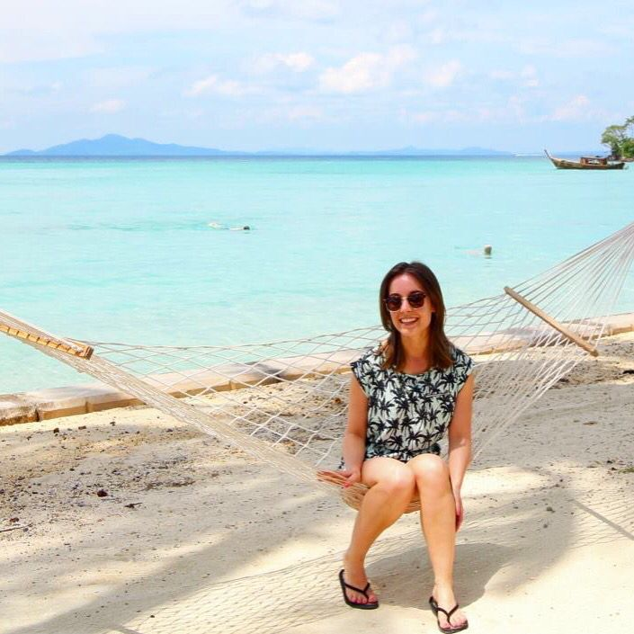 This was my first time outside of Europe!! Eeek!! #phiphidon #asia #thailand #beach #hammock #whitesand #turquoise #paradise