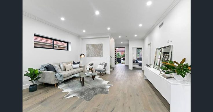 #housegoals #SHCeffect  #sydney #renovations #building #architecture #interiordesign #livingroomgoals #timberflooring #tvroom #living