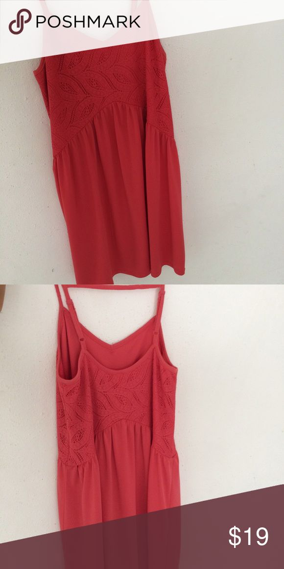 Adorable sun dress! Orange sundress in great condition. Great for a beach night or even a country concert! Dresses Midi