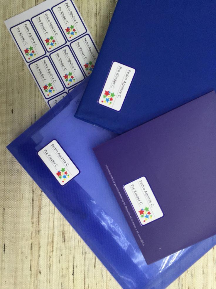 Personaliza tus cuadernos, marcándolos con etiquetas resistentes