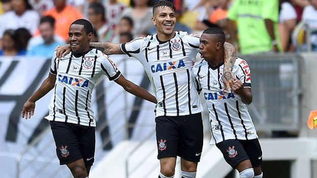 Llegó el día esperado para el Corinthians y su afición. El domingo 1 de febrero es el día del debut. El 'Timao' jugará en el Arena Corinthians ante el modesto Marília, equipo con el que no deberían sufrir. Paolo Guerrero podrá ser titular. Febrero 01, 2015.