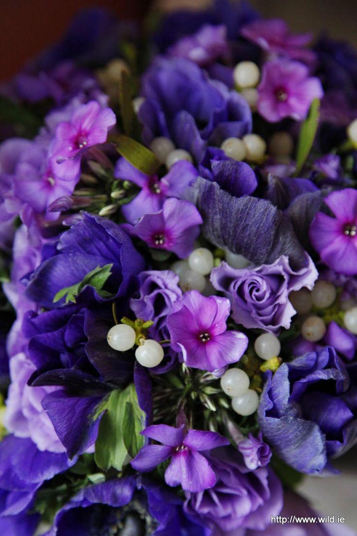 violet winter wedding anemone, phlox and mistletoe