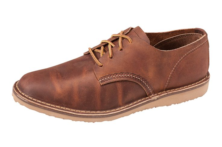 redwing_3303_weekender_oxford_outside.png (1440×960)