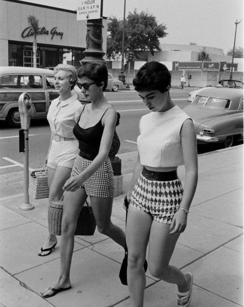 "Sixties summer style... Yes please! ""reminds me of our childhood summer holidays in Surfers Paradise, Queensland"" - Me, RetroKazz"