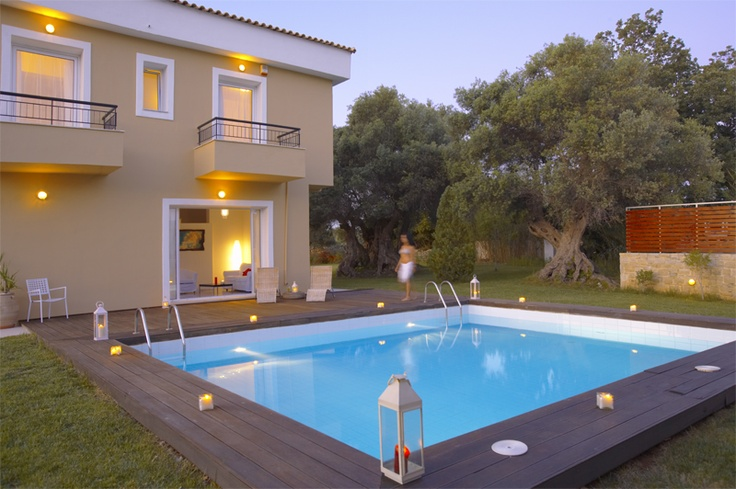 http://www.villa-lucia.gr