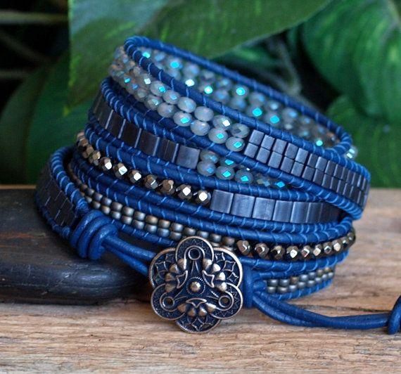 Bracelet cinq de cuir perlé Bue gris perlé Wrap par PJsPrettys Plus