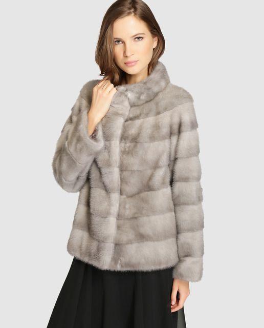 Abrigo de mujer De la Roca realizado en visón en color gris