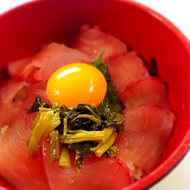 250円で出来ましたヾ(*´∀`)ノ - 6件のもぐもぐ - マグロ丼!花わさび添え( •ॢ◡-ॢ)-♡ by aika7777