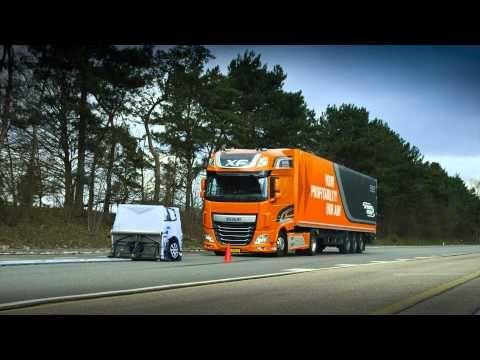 DAF Trucks AEBS (Advanced Emergency Braking System) in action! - YouTube