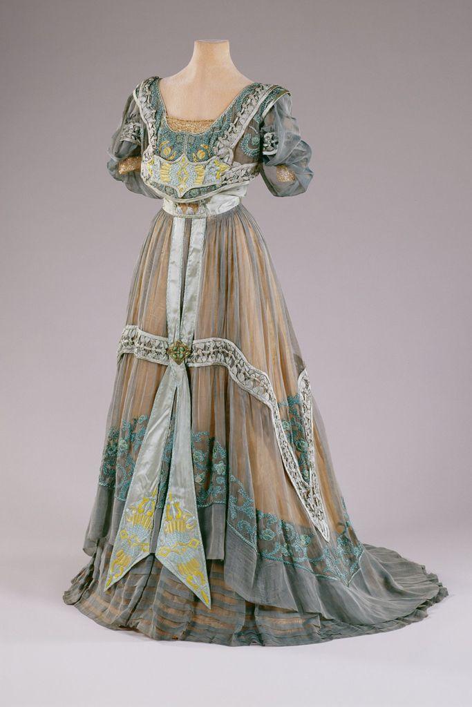 Marjorie Merriweather Post's Style on Display | WWD
