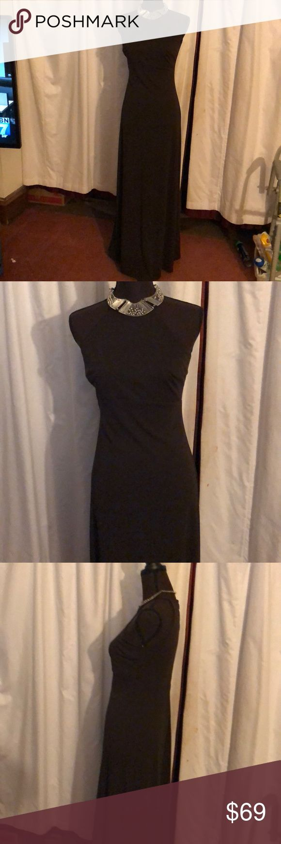 LAUNDRY Shelli Segal Brown Spaghetti Strap Gown 4 Beautiful Sexy Brown Long spaghetti straps gown. Brand New   Size 4  Length 57 Underarm to underarm 17 Laundry By Shelli Segal Dresses Prom