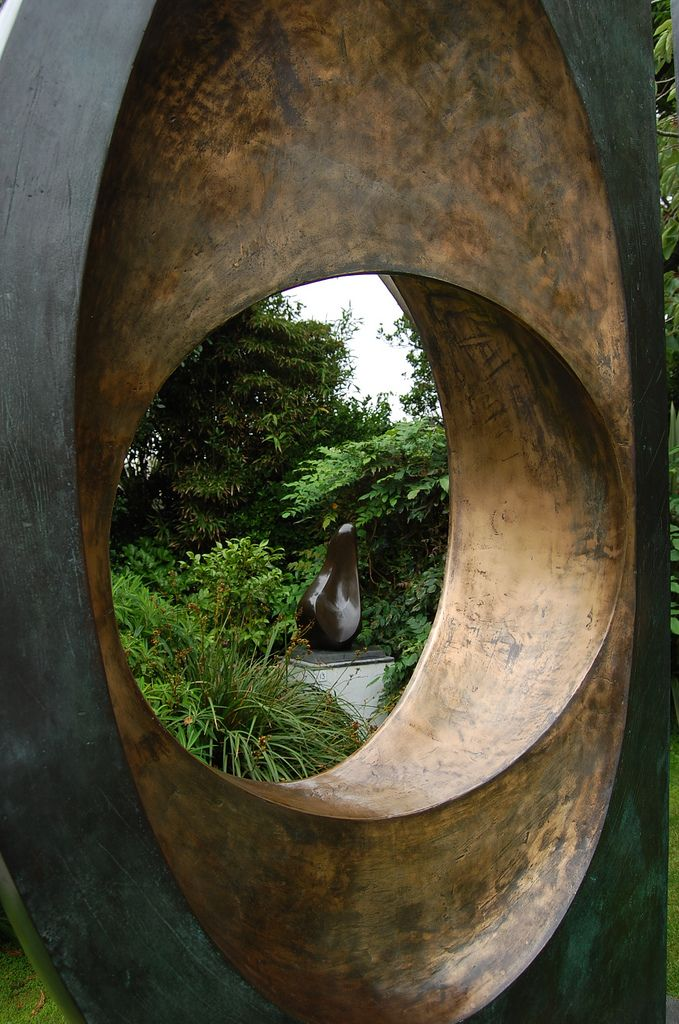 barbara hepworth sculpture 2 -through the keyhole | by grannie annie taggs