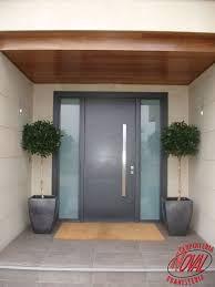 Resultado de imagen de puertas entrada aluminio exterior