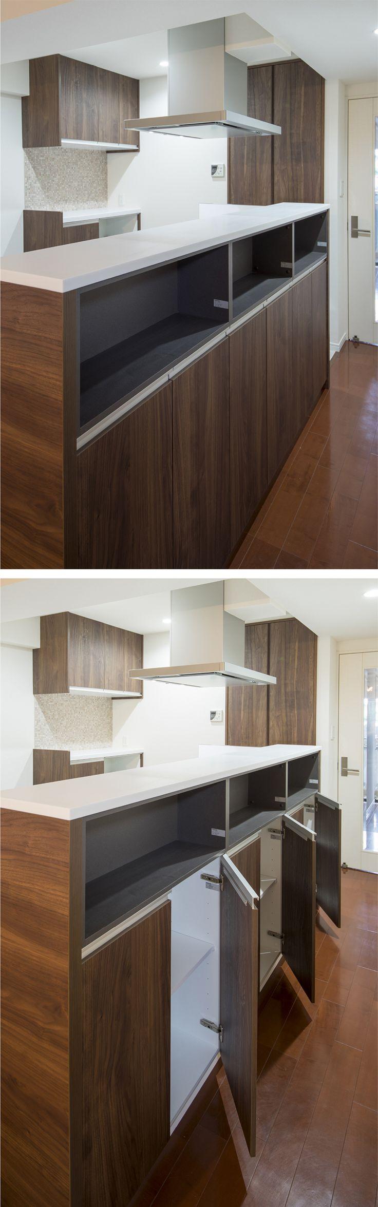 システムキッチンの裏側も有効利用した収納棚。|キッチン|インテリア|カウンター|おしゃれ|壁面収納|作業台|ウッド|リビング|アイデア|