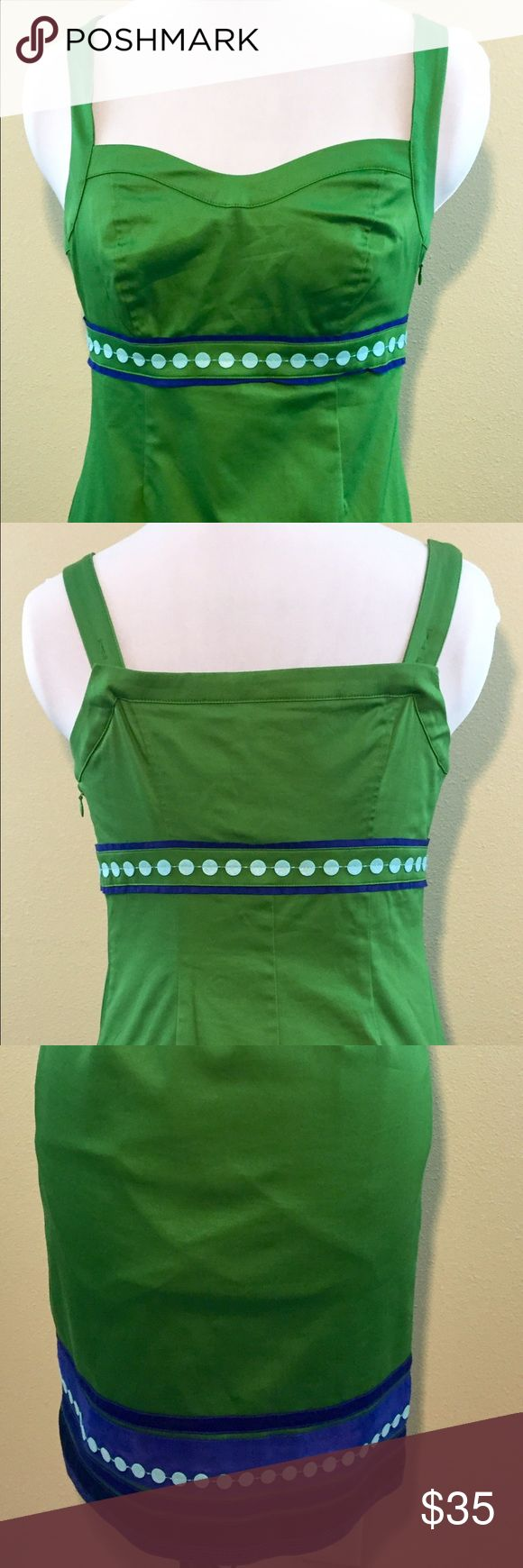 Boden Sleeveless Dress, Green, 4P, petite Boden sleeveless dress.   Size: 4P  Great Boden dress! Preowned and in great condition. Fully lined and can be dressed up or down.   Smoke and pet free home. Thank you! Boden Dresses