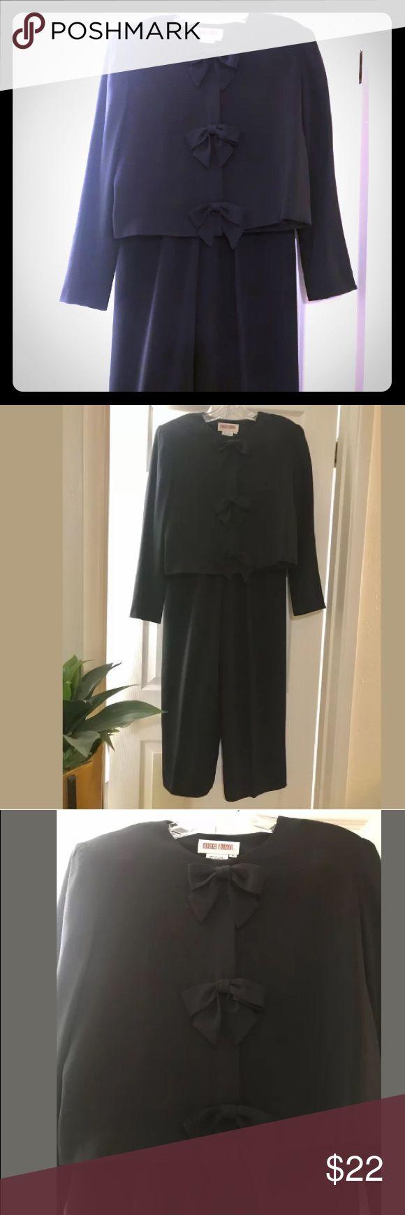 Maggy London Black Suit Maggy London Women's Black Suit For Sale! This pants s…