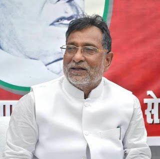 Hindi News India,Agra News,Agra Samachar: संघ के इशारे पर नाच  रही हैं  भाजपा सरकारें : सपा