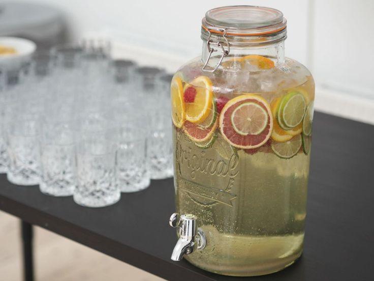 Velkomstdrinken du BARE må servere for dine gæster