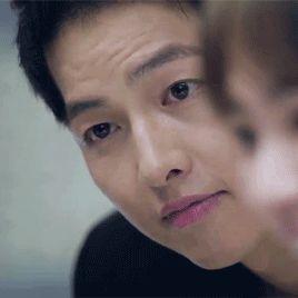 I wish someone would look at me the way Yoo Shi Jin looks at Kang Mo Yeon