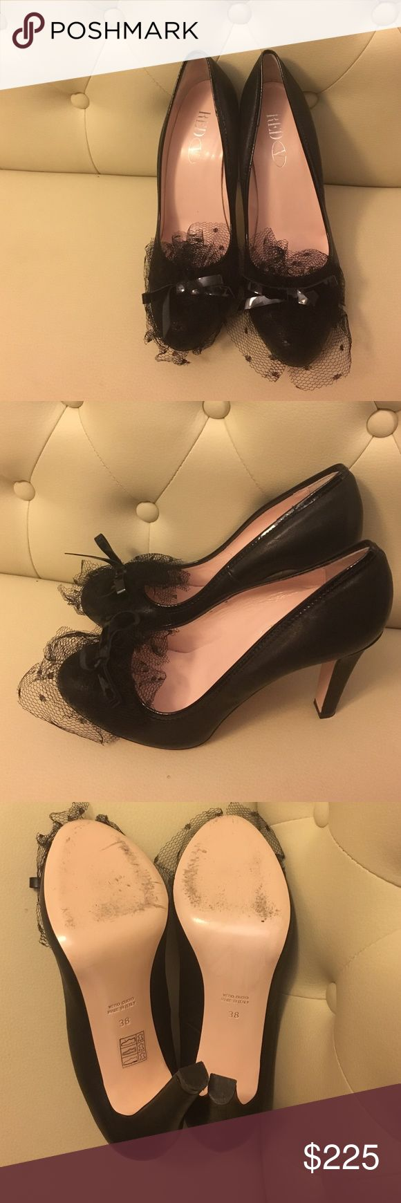 Like New Red Valentino tulle pumps 38 Like New Red Valentino tulle pumps 38 RED Valentino Shoes Heels