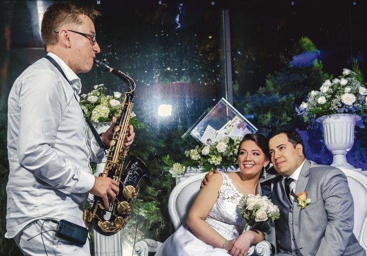Con melodías del saxofonista Javier Nieto, Natalia Sarmiento Tarazona y Ricardo…