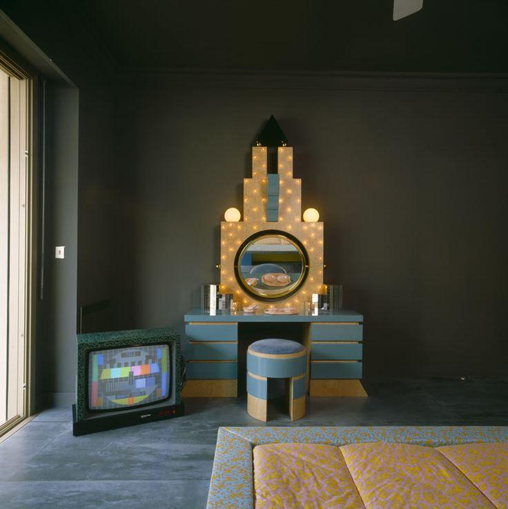 Karl Lagerfeld Memphis Design