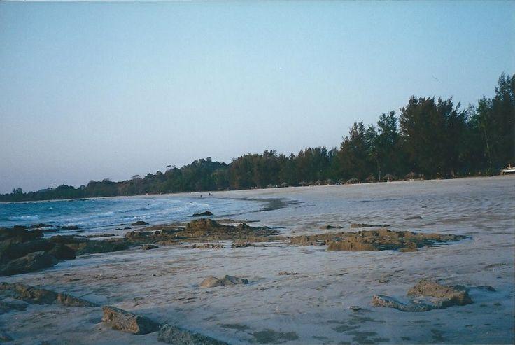 Ngapali plage - bungalow de l'hôtel -  des km de plage sans personne, le top du top !