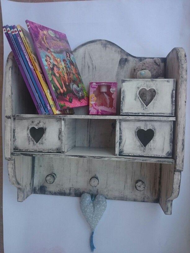 White vintage heart shelf wood furniture