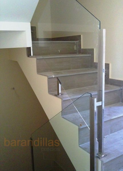 32 best images about barandillas interiores de cristal on for Barandillas de interior