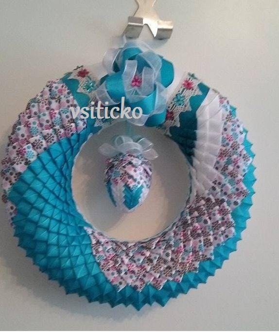 velikonoční věneček,na dveře,patchworkové velikonoce,v tyrkysové,artyčok,dekorace,pověsit na dveře