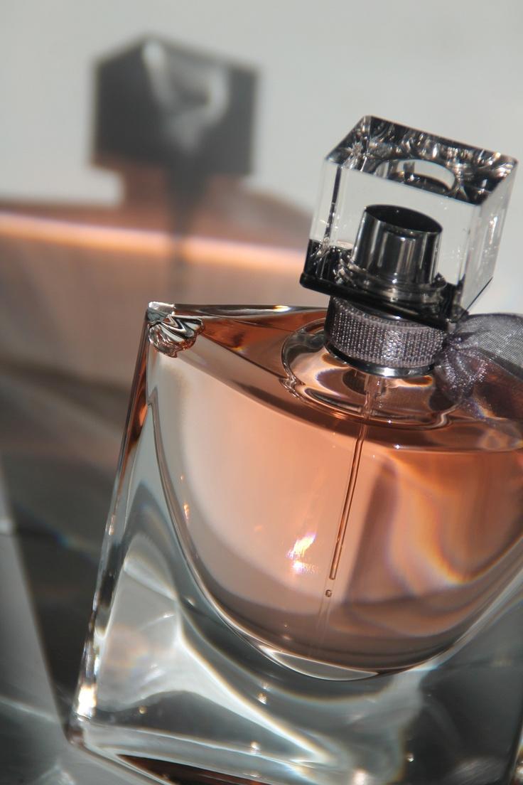 Lancome -la vie est belle   Fragrances perfume, Perfume ...