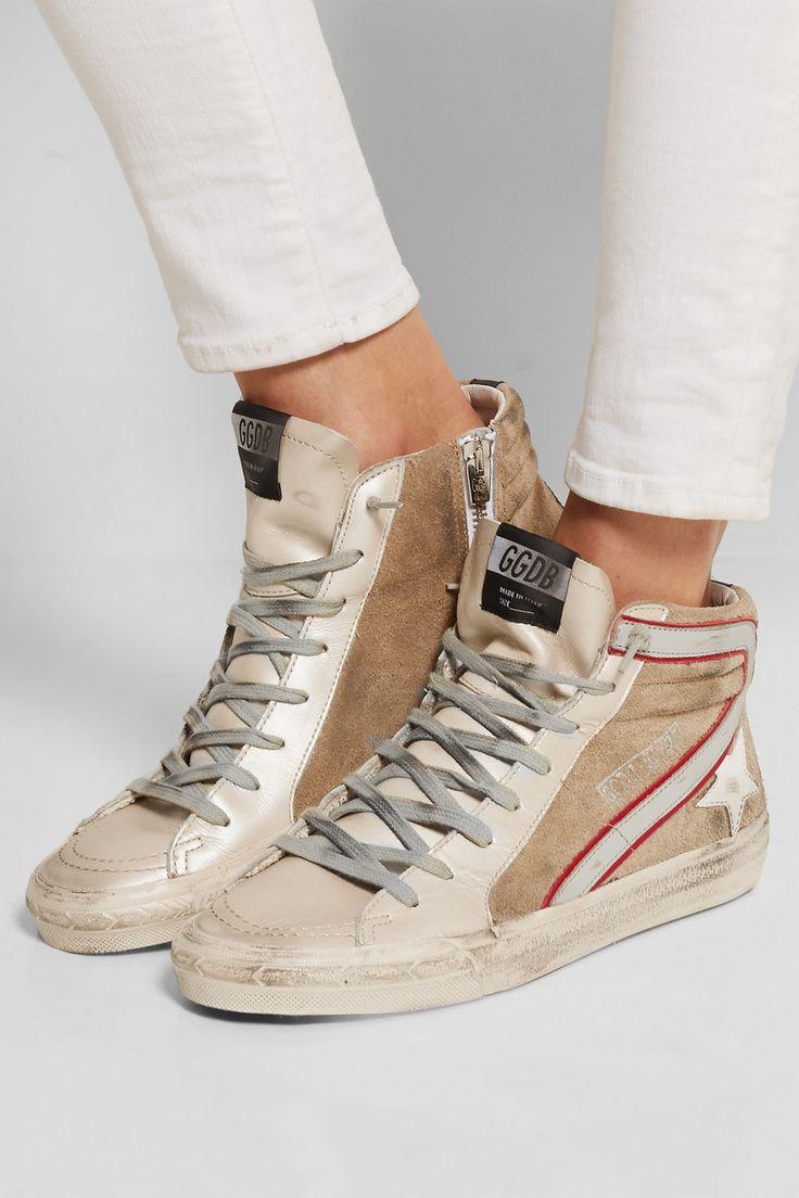 Golden Goose Deluxe Brand | Baskets montantes en cuir et daim effet vieilli Slide | comment les porter avec style? c'est ici: https://one-mum-show.fr/shoes-sneakers/