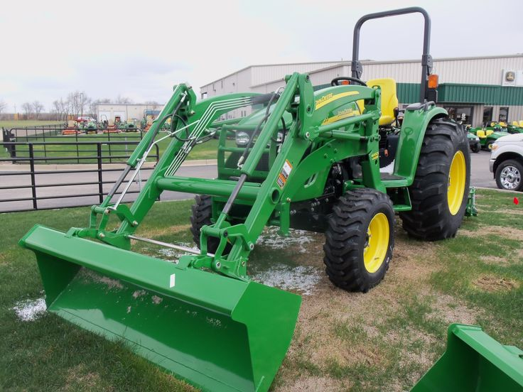 John Deere 4720 with 400CX  loader