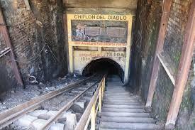 Antigua Mina de Carbón, Chifon del Diablo Lota, Chile