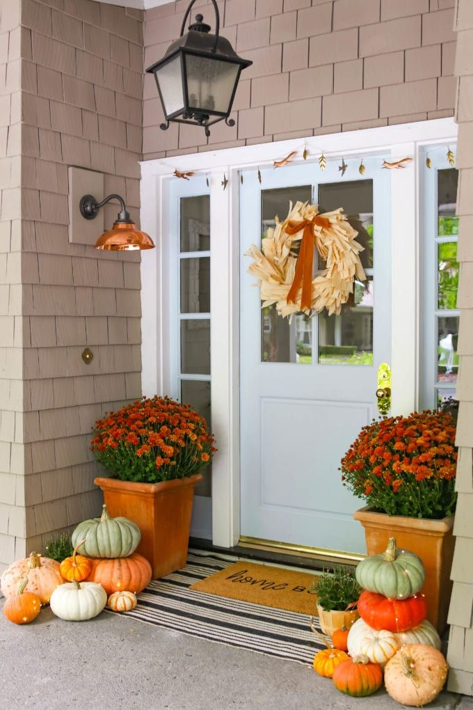 How To Create A Beautiful Fall Porch Fall Outdoor Decor Porch Fall Outdoor Decor Front Porch Decorating