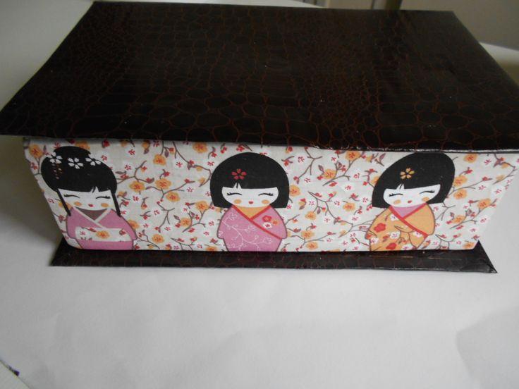 Boîte de rangement effet livre comprenant un compartiment amovible : Boîtes, coffrets par toutankharton36