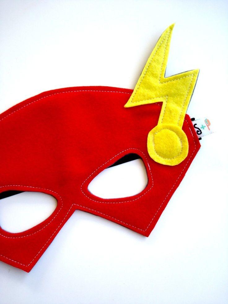 Struckla and Peach - Felt Flash Mask