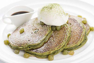 2014年11月17日(月)、ldquoNYの朝食の女王dquoと評されるレストラン・サラベスから、「抹茶とうぐいす豆パンケーキ」が新宿店限定で発売される。サラベス初となるldquo和dquoのテイス...