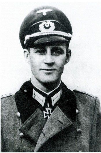 Born in Danzig in 1916, Hauptmann Friedrich 'Fritz' von Koenen led a 300-strong Brandenburger detachment known as 13. or 'Tropen-Kompanie' in North Africa. After the Axis capitulation in Tunisia in May 1943 the survivors of the then-Abteilung von...