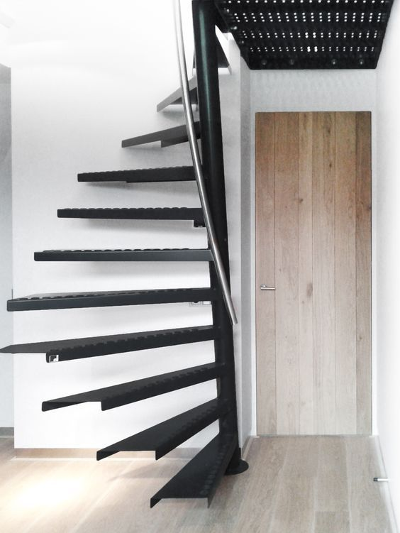 Practical and stylish 1m2 stairs for smaller rooms, apartments and studios #Eestairs