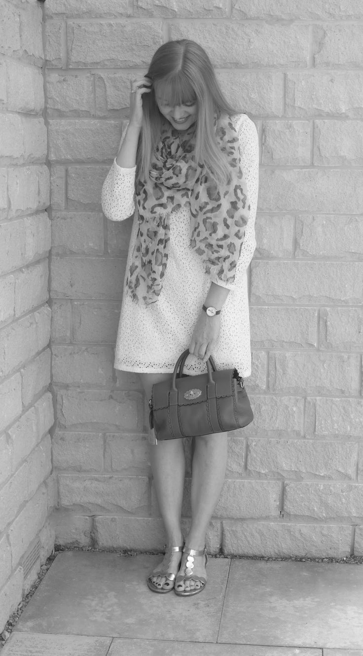 Outfit: Lace Shift, Leopard Scarf and Sandals