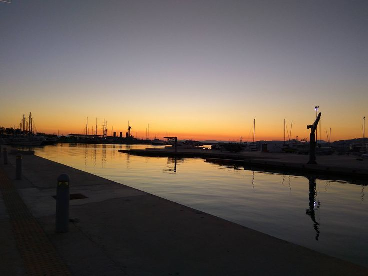 You have to see this amazing sunset by the sea in Athens| Bike