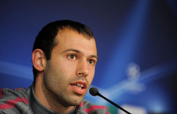 Javier Mascherano Photos Photos - Javier Mascherano of Barcelona answers a question during a press conference at Real Madrid's Estadio Santiago Bernabeu, ahead of their UEFA Champions League semi-final first leg match against Real Madrid on April 26, 2011 in Madrid, Spain. - Barcelona Training & Press Conference