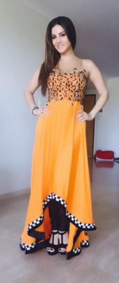 "Sunny Leone on Twitter: ""Thank you @Archana_Kochhar for my GORG outfit for Surat press con! On the mark as always with your designs! http://t.co/b6NASDYZtz"""